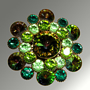 Green Rhinestone Pin With Exceptional Rivoli Center Stone