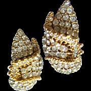 Ciner Pave Set Rhinestone Earrings / Clip On Earrings / Vintage Earrings / Costume Jewelry