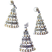 Sarah Coventry Christmas Tree Pendant and Earring Set / Designer Jewelry / Costume Jewelry / H