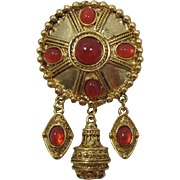 Gold-tone and Imitation Carnelian Dangling Brooch