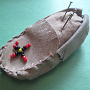 Pin Cushion / Tape Measure Indian Moccasin