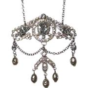 Vintage Assessocraft Beautiful Rhinestone Pendant Necklace