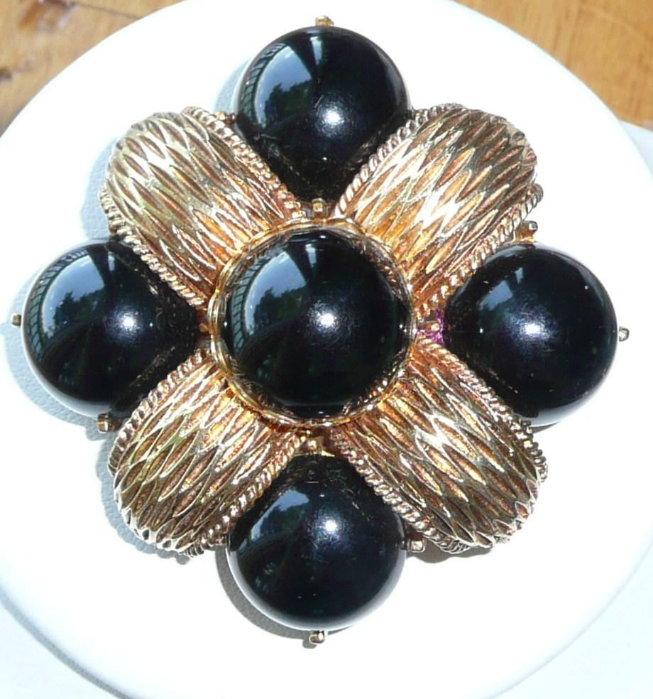 Vintage Large Brooch Black and Bold Cadoro