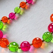 Vintage Coro Hot Pink Green Orange Lucite Necklace Set