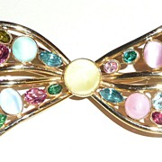 REDUCED Vintage Giant Bow Brooch