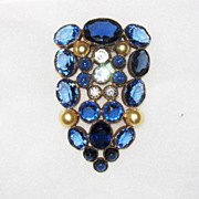 Vintage Unsigned Hobe Dress Clip