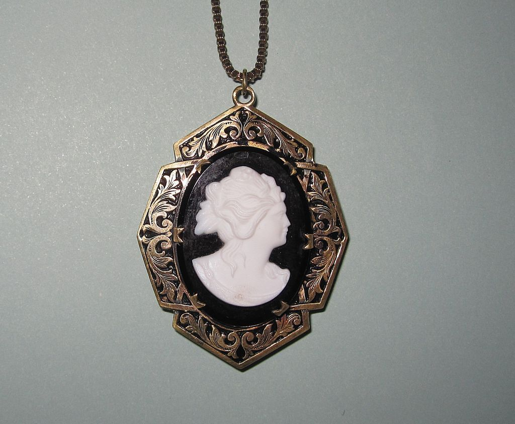 Large Victorian Revival Cameo Locket