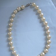 REDUCED Vintage Majorica Pearl Choker Fit for a Bride