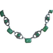REDUCED Vintage Art Deco Green Peking Glass Necklace