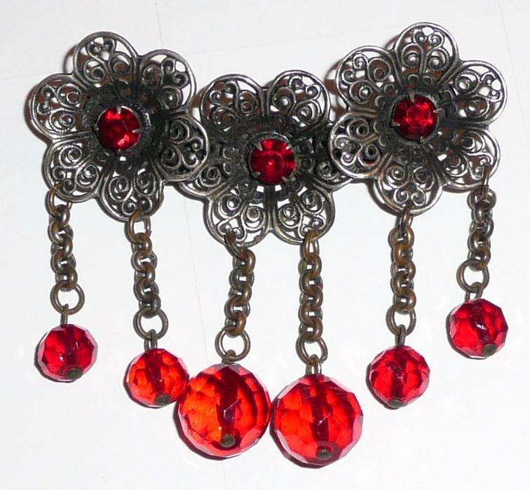 Art Deco Vintage Red Glass Pin