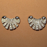 Wonderful Sea Shell Rhinestone Clip Earrings