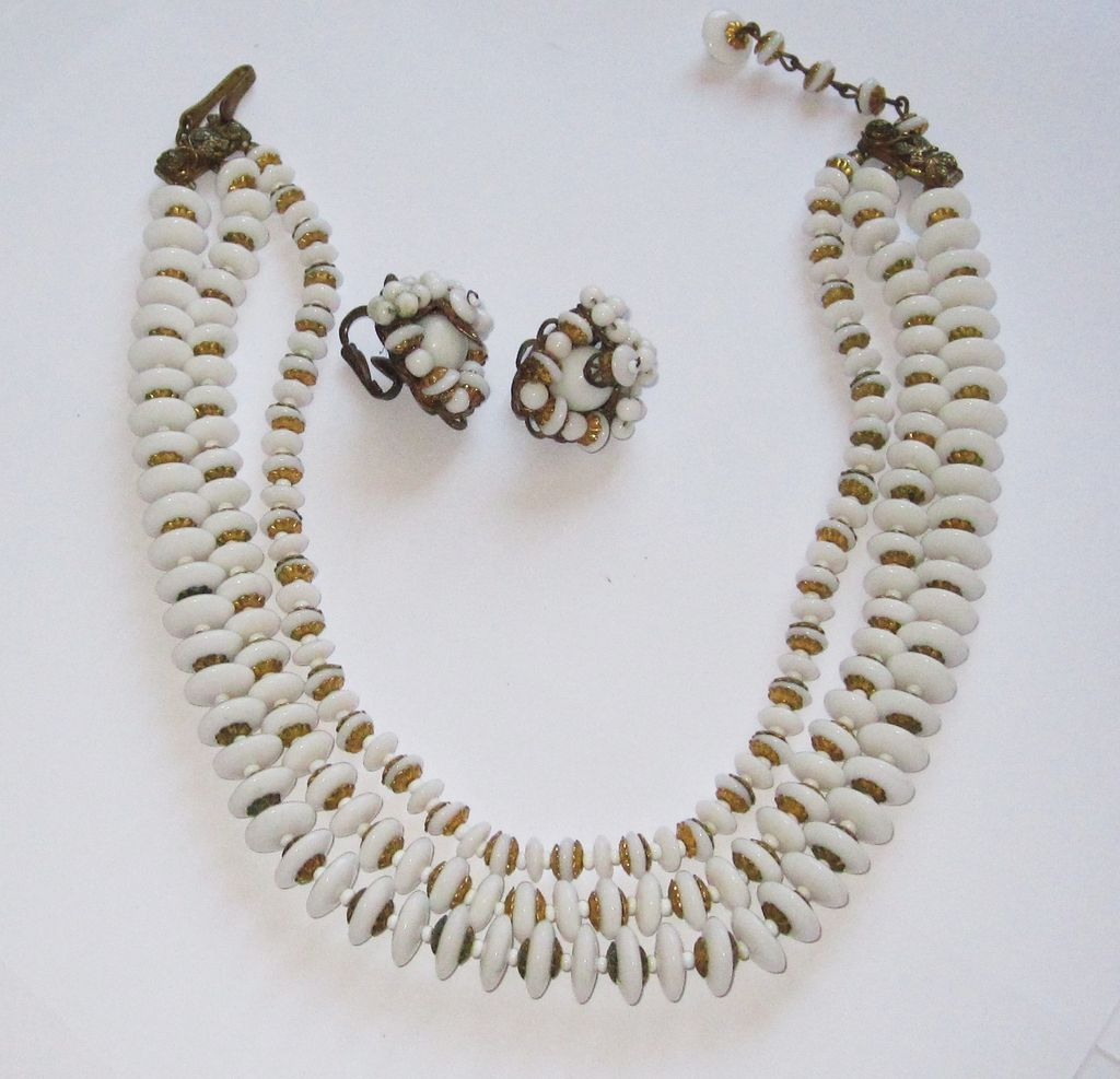 Vintage Robert Necklace with Earrings