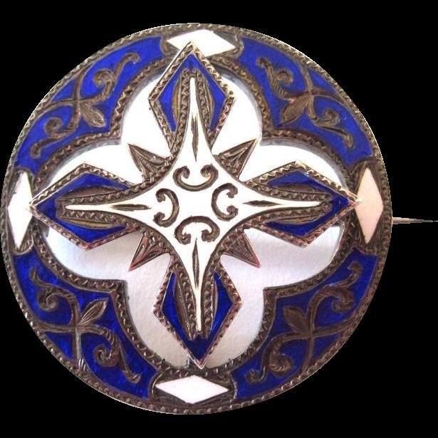 Scottish Victorian Enamel Brooch