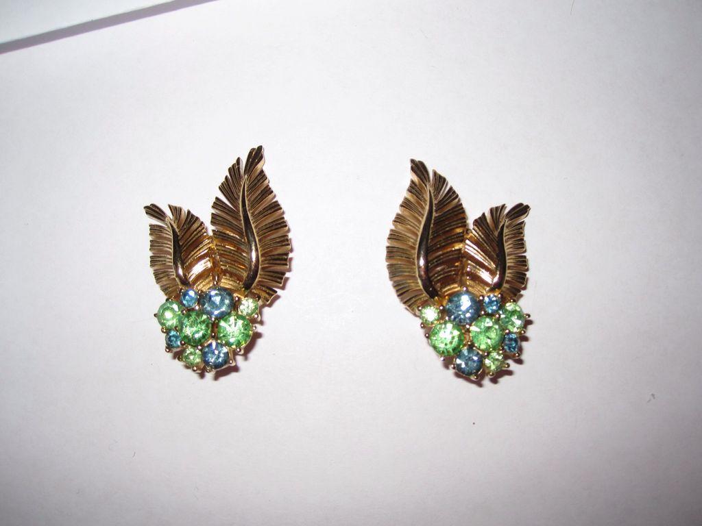 Vintage Trifari Clip Earrings