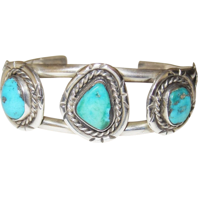 Wonderful Vintage Turquoise Southwest Bracelet