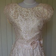 SALE 1980s Vintage Off White Lace Semi-Formal Wedding Dress