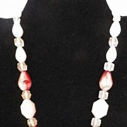 1950s / 1960s Pink & Red Bead Necklace