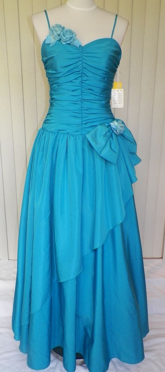 1980s Turquoise Prom Gown / Formal