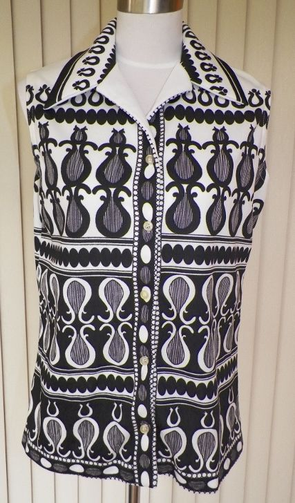 1970s Black and White Tunic Blouse