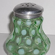 Exquisite Victorian 1800s Apple Green Opalescent Sugar Shaker Coin Spot Dot Nine Panel Mold