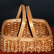 Vintage Popcorn Stitch Handle Basket