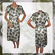 1950s Dress Printed Satin Ladies Size M / L Vintage