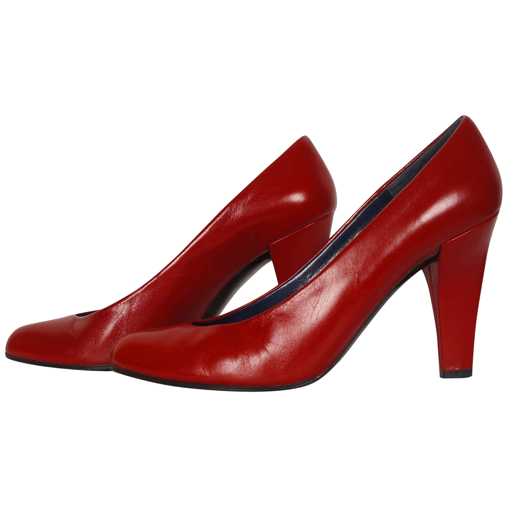 Red Shoes Time Period