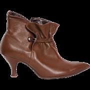 Vintage 60s Pixie Boots Brown Leather High Heel Ankle Booties Ladies 5.5 / 6