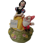 SOLD 1987 Schmid, Walt Disney, Snow White Music Box with Tag