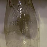 Pint Illinois Dairy Co of Springfield ILL Embossed Milk Bottle