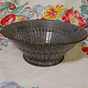 Old Gray Granite Ware Colander Strainer