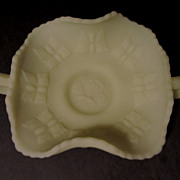 Fenton Butterfly Handled Bon Bon, Custard Satin