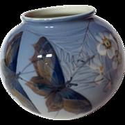 Royal Copenhagen Butterflies And Flowers 814/2390 Vase