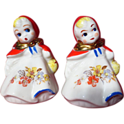 Vintage Hull Pottery Little Red Riding Hood Salt & Pepper Shakers