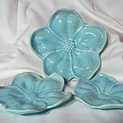 Vintage 1950's Shawnee Flower Form Stacking Ashtrays