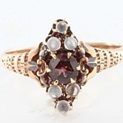 Antique Victorian 1 Karat Rose Gold Garnet Rainbow Blue Moonstone Ring Fine Jewelry