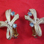 SALE Art Deco Gold Plate & White Metal - Blue Topaz Rhinestone Clip Earrings