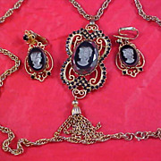SALE Verified  DeLizza & Elster - INTAGLIO CAMEO Necklace - Brooch & Clip Earrings
