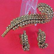 SALE WEISS ~ Gold Aurum Rhinestones ~ Ornate Brooch & Clip Earrings
