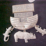 SALE Charming NOAH'S ARK ~ Pewter Brooch