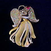 SALE Precious Christmas ANGEL ~Red Heart & Glitter Wings Brooch Signed AAI