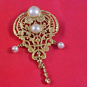 SALE VICTORIAN Style Simulated Pearls & Gilt Gold Filigree Dangle Brooch