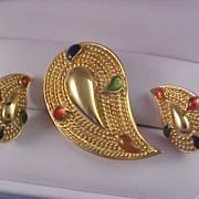 SALE AVON - PAISLEY - Gilt Gold & Colorful Stones - Demi Parure - Brooch & Clip Earrings