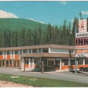 Sandman Inn Blue River British Columbia Canada Vintage Postcard
