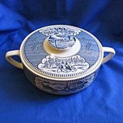 Currier & Ives Casserole Royal China
