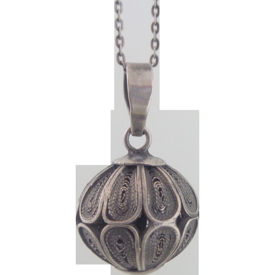estate sterling silver filigree pendant necklace