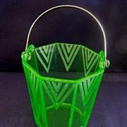 Art Deco Ice Bucket with chevron etching