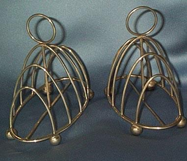 Pair of Matching Silver Toast Racks, 1901