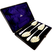 Set 4 Antique Georgian Sterling Silver Berry Spoons in Case - 1807