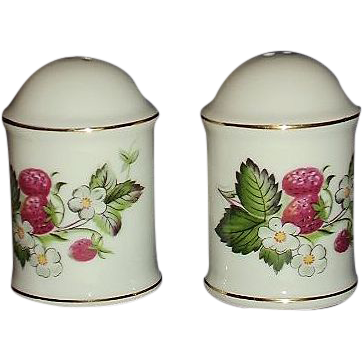 IRICE Import Strawberries Salt Pepper Set JAPAN